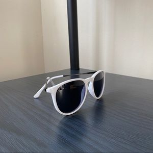 Authentic Ray-Ban Sunnies!
